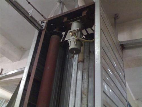 电动卷闸门维修时需要注意的过程