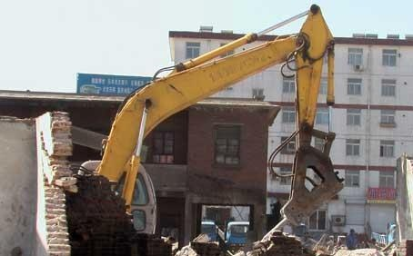 佛山挖掘机拆除公司注意哪些