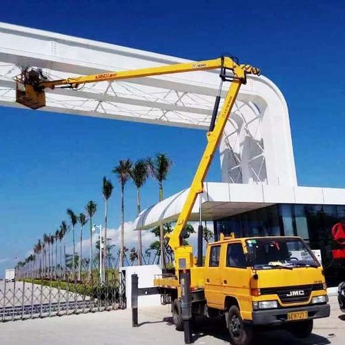 鄞州区高空作业车租赁 动臂式高空车和直臂高空车