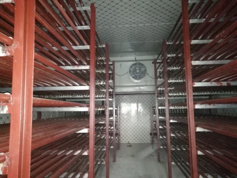 钟山县冷库采用隔热材料安装