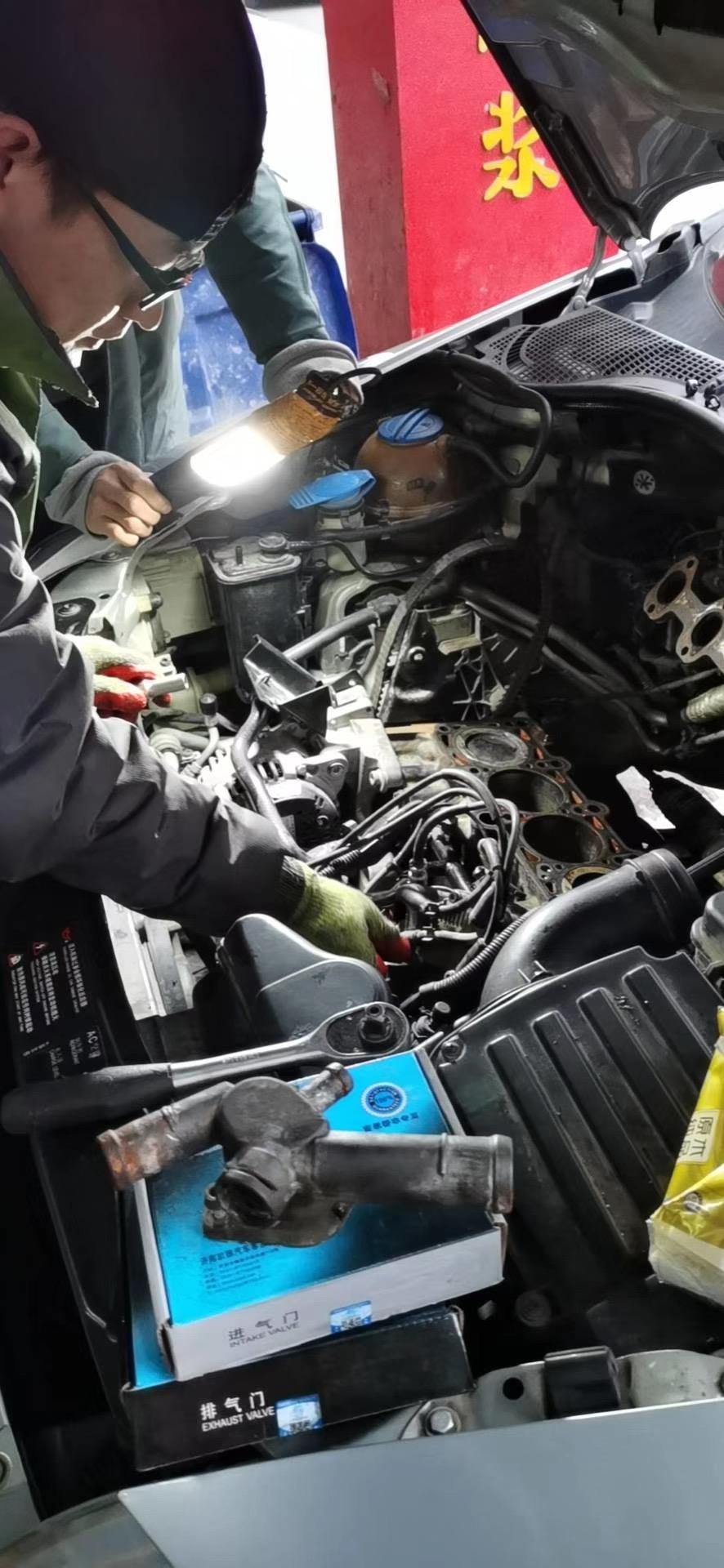 苏州汽车救援 送油换胎打气补胎