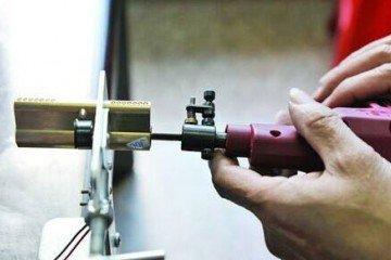石家庄长安区换锁电话 更换B级锁芯很重要