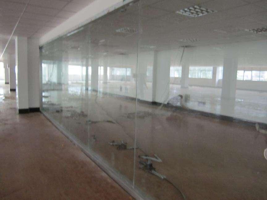 什么是办公玻璃高隔断