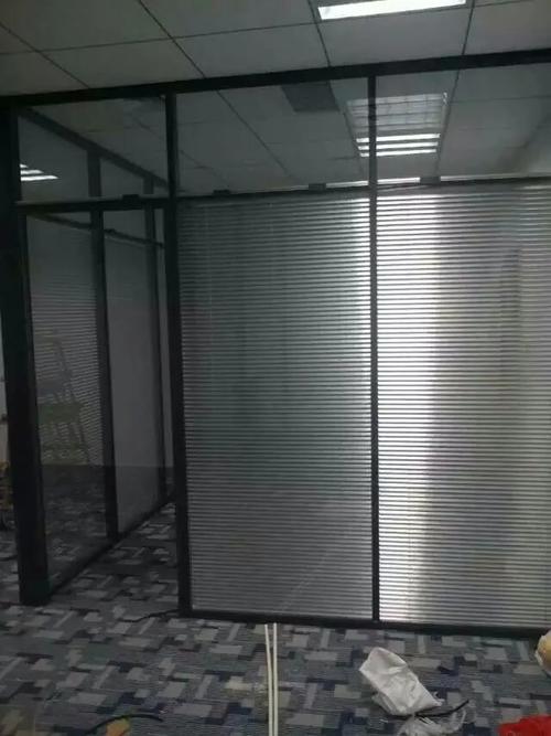 深圳办公玻璃高隔断的功能特点