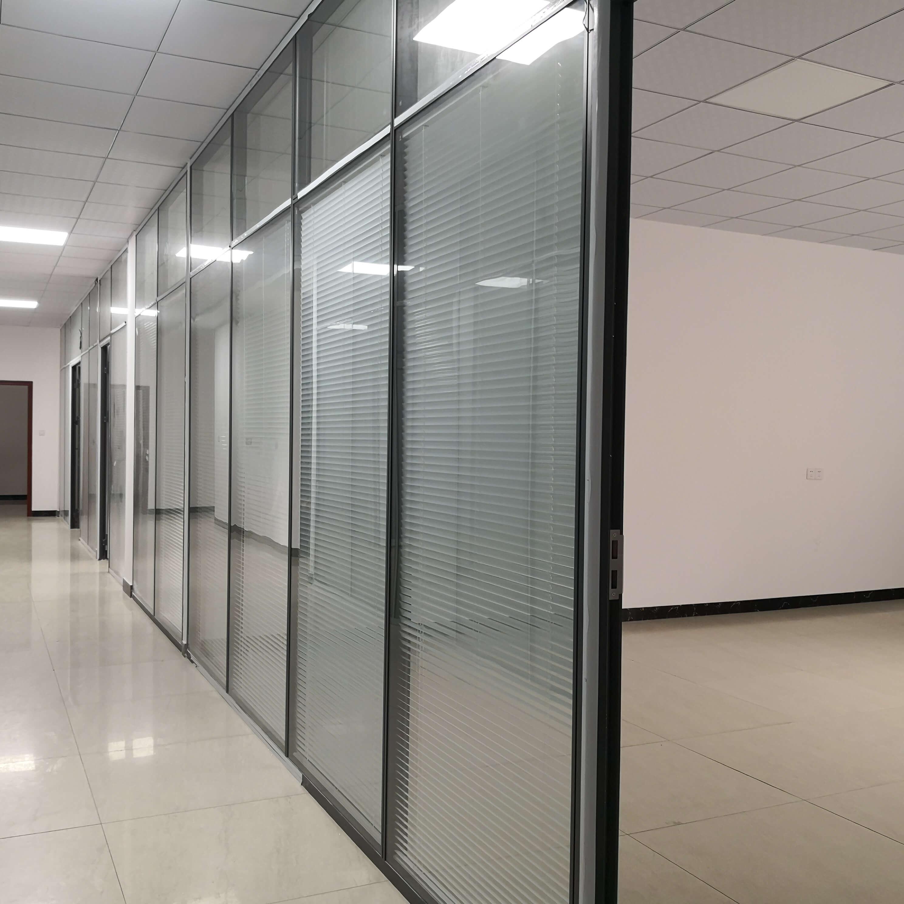 办公玻璃高隔断优点和其他需要做的准备