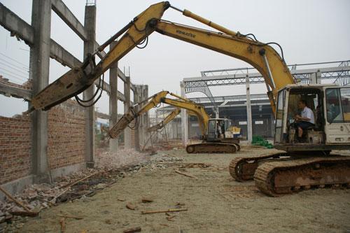 顺升建筑工程有限公司的挖掘机拆除服务一流