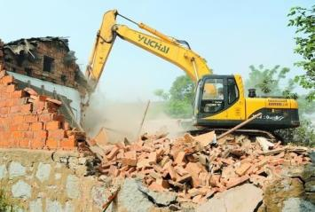 挖掘机拆除过程中应当注意的安全管理措施