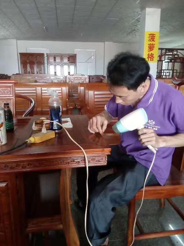 海口红木家具维修方法