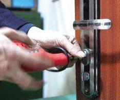 罗定专业修锁修锁换锁 24小时服务