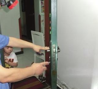 罗定专业开修各种防盗门锁入户门锁