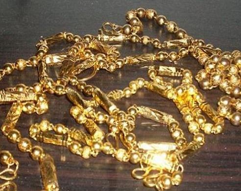 万足金千足金回收在黄金回收店一样的吗?