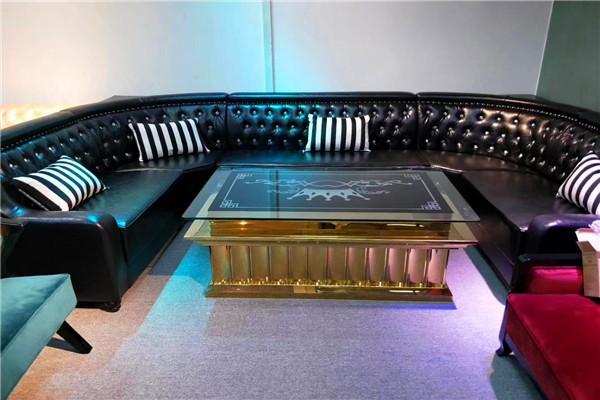 常见的沙发翻新工具和材料
