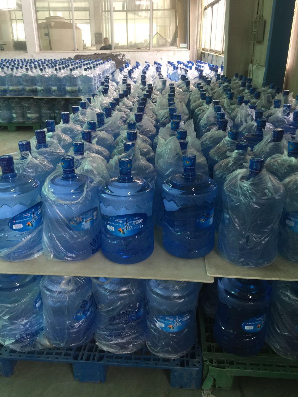 红谷滩桶装水配送提醒你健康饮水注意事项