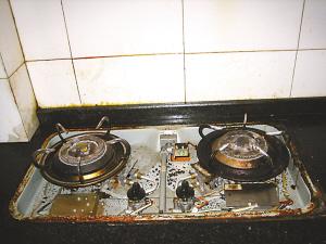 昆明家电维修_燃气灶打不着火的原因及处理方法