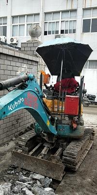 上海微型挖掘机出租价格
