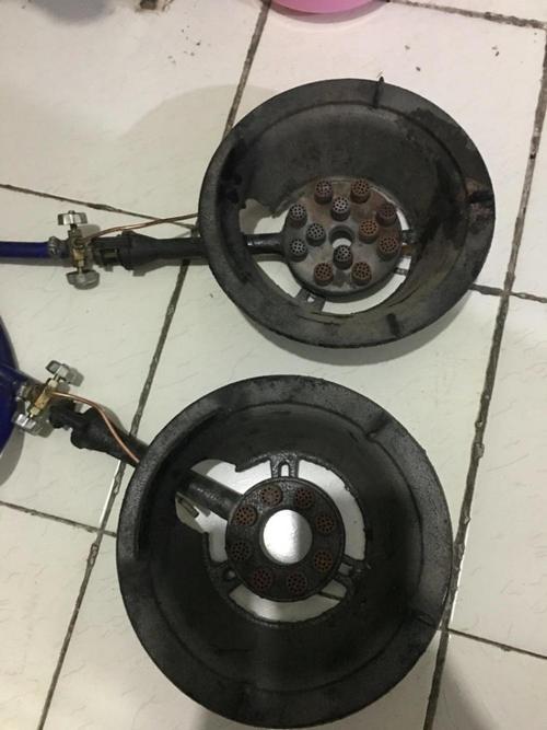 燃气灶使用时需要注意什么问题