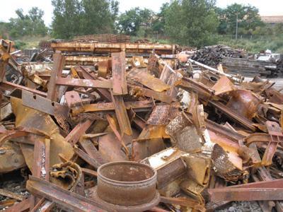 高价回收各种废铁物资