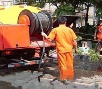 管道定期清理疏通有哪些优势