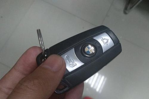 配高档汽车钥匙为什么这么贵