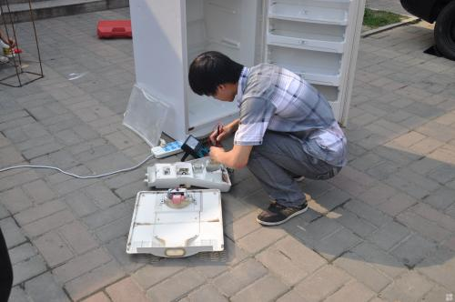 昆明专业冰箱维修