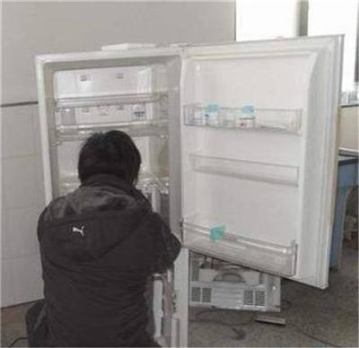 昆明冰箱上门维修