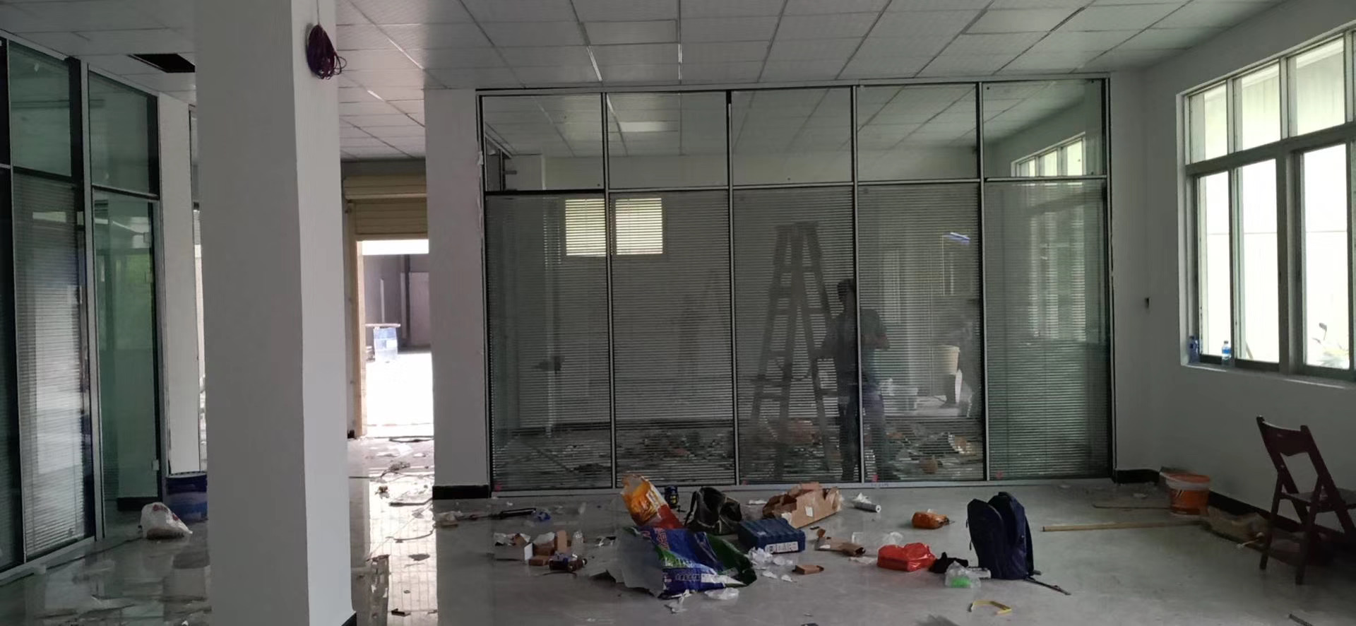 玻璃隔断如何来搭配