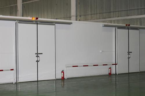 冷库在使用时导致温度降不下来的因素
