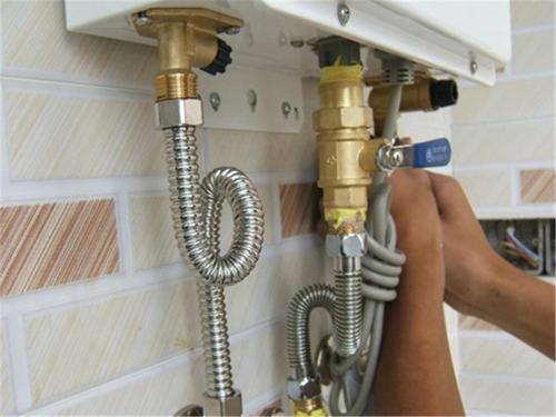 樱花热水器的水忽冷忽热的原因及解决方法