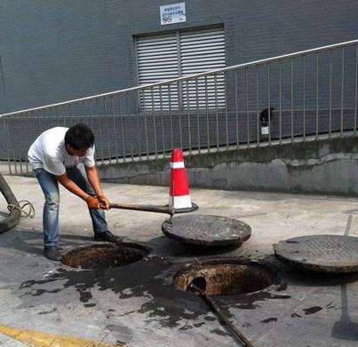 如何及时清洁化粪池?