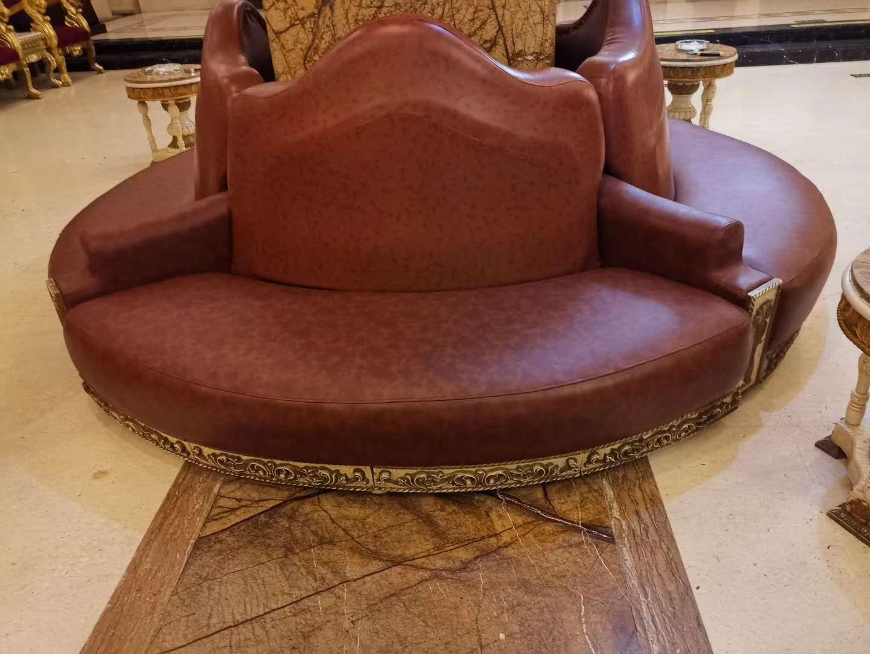 皮革转角沙发的维修保养