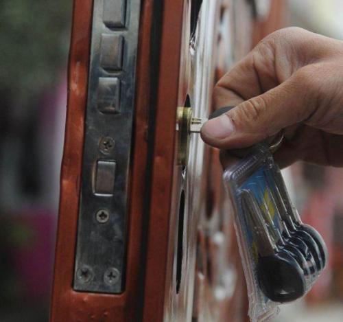 防盗门锁的保养