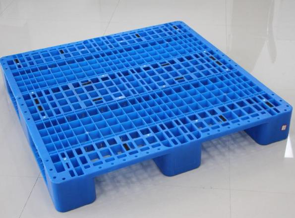 正确使用塑料托盘的方法