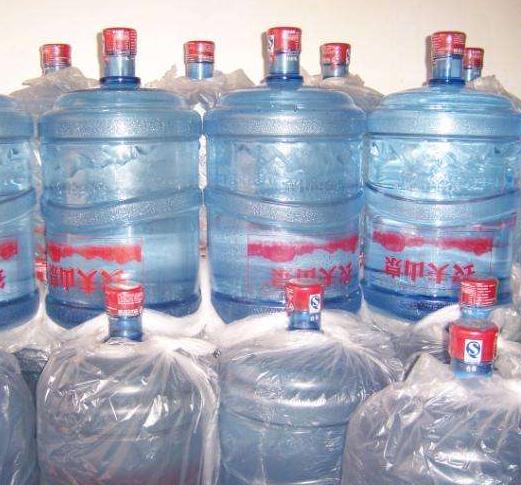 盐城桶装水配送选哪家实惠?