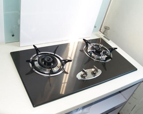气灶台式与嵌入式燃气灶的区别