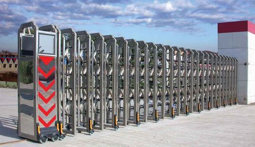 电动伸缩门的不锈钢表面除锈办法