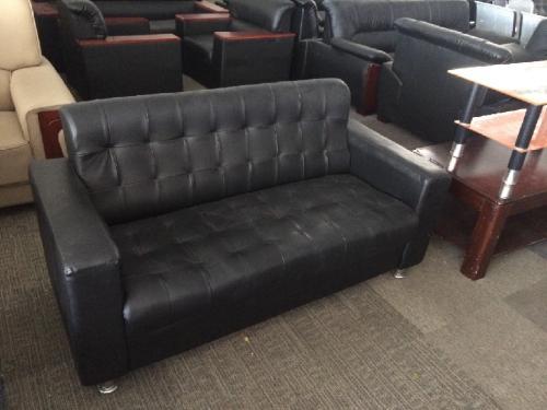 布艺沙发清洗注意要点