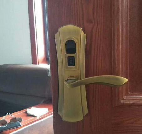 安装防盗门锁注意安全问题