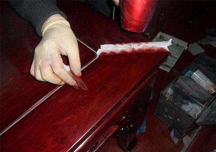 家具刮伤处理
