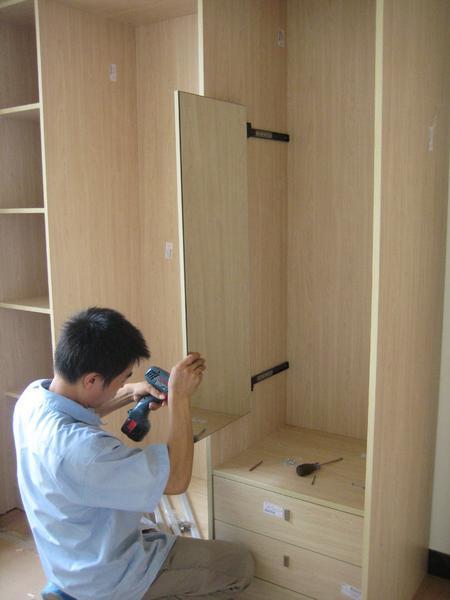 家具维修喷漆怎么做