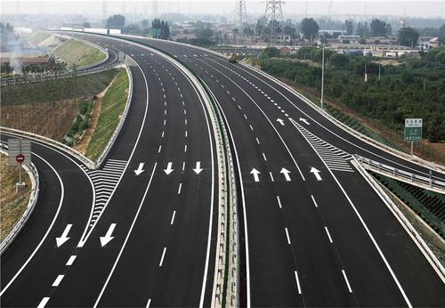 道路标线施工工法