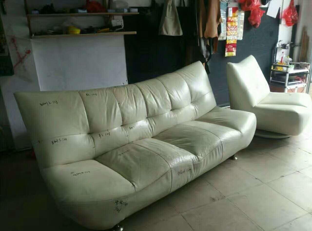 常见的沙发翻新材材料如何做选择