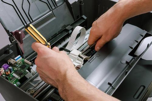 打印机开机无任何反应维修