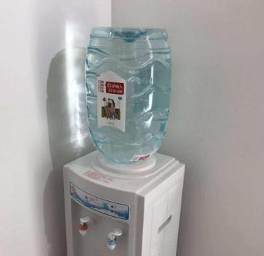饮水机一定要经常清洗