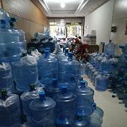 日常饮用的桶装水分这四种