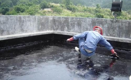 不砸地砖防水补漏方法
