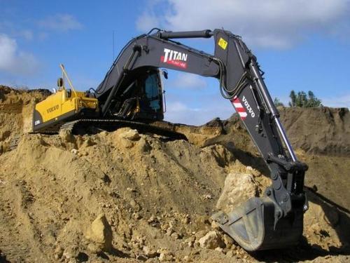 聊城轮式挖掘机出租
