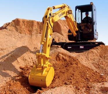 聊城实力雄厚的挖掘机出租公司
