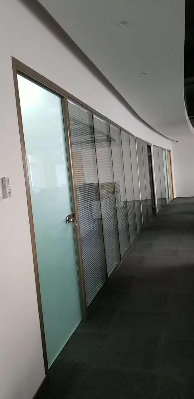 办公室玻璃隔断设计怎么做