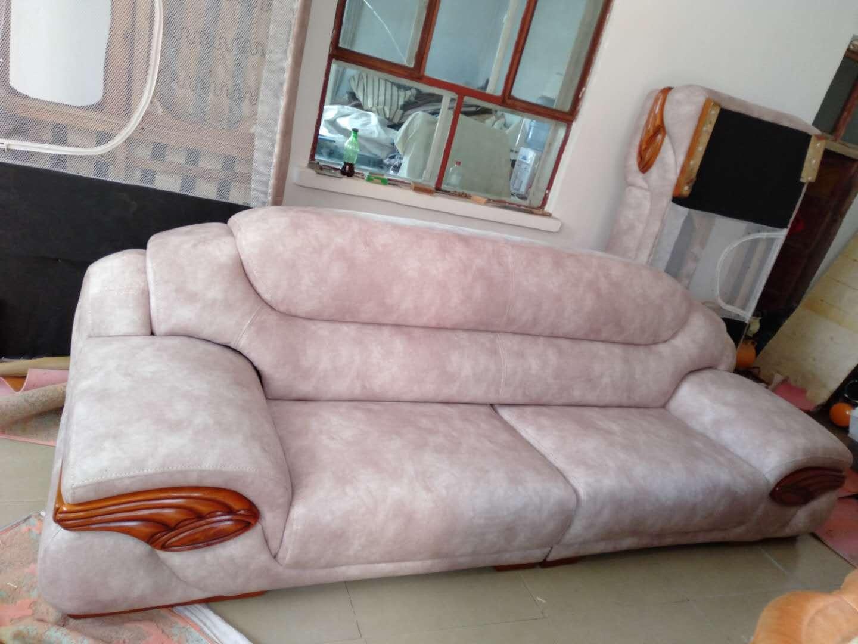 皮质沙发破损如何修复