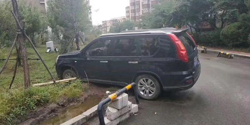 汽车救援使用清障车拖车时的注意事项